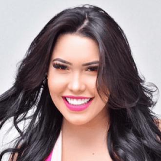 Ana Del Castillo Se Defiende...