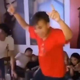 Hijo De Silvestre Bailó Como Su Padre
