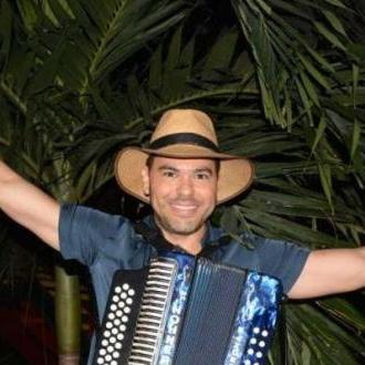 Poncho Monsalvo Nuevo Rey...