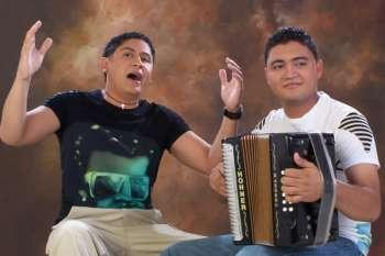 Lanzamiento de Roberto Carlos & Lisandro Meza Jr