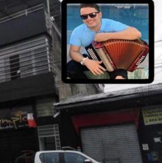 Asesinan De Varias Puñaladas...