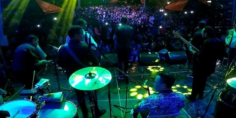Colombia goza sus fiestas con Alex Manga