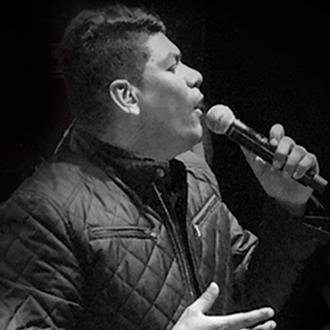 Alex Manga extiende su nombre por Colombia