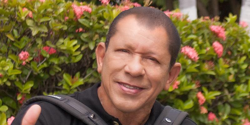 Emilio Oviedo - El Comandante - Vida y Obra Musical