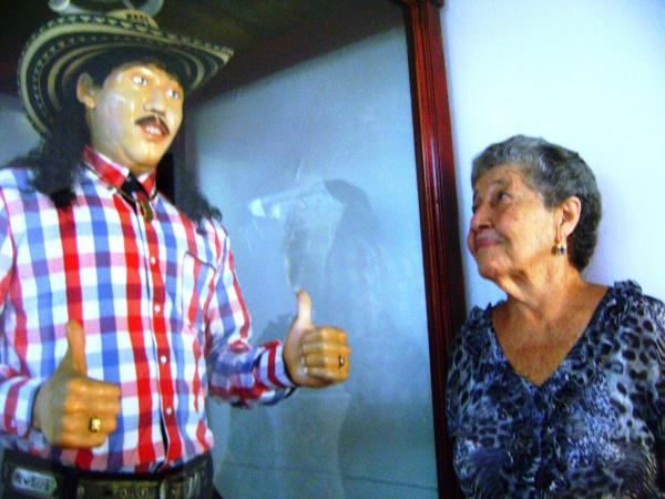Juancho Rois está en la casa de su mamá
