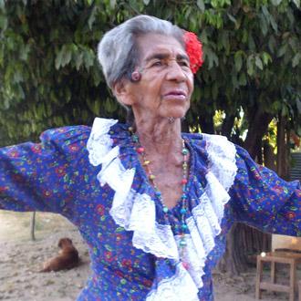 El Eterno Carnaval De Leocadia Ortiz