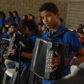 120 ninos presentaron su primer examen en acordeon caja...