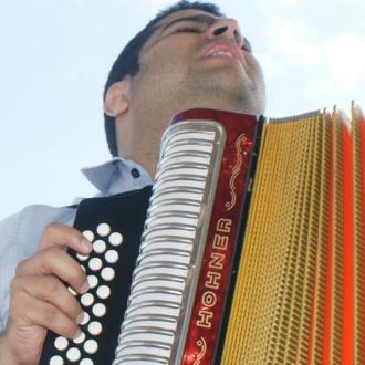 Sere El Mas Grande Defensor Del Vallenato Tradicional -...