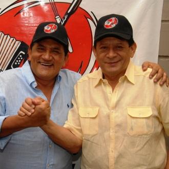 Emiliano Y Poncho Musicalizaron...