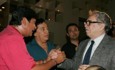 Lleva Celso  Piña su música al corazón de Macondo