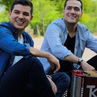 Juanse Rivero y Juank Ricardo...