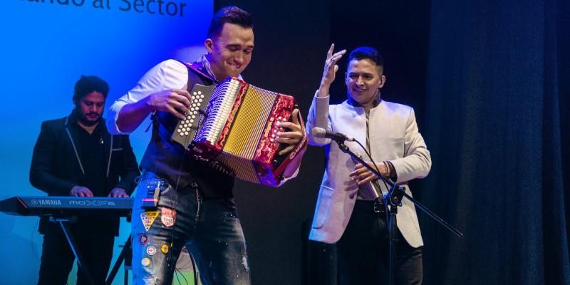 Jorge Celedon Sorprendente En Sus 8 Conciertos Por Colombia