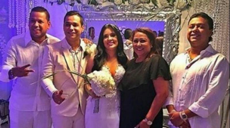 Viuda Y Mamá De Martín Elías Se Rencuentran En Matrimonio