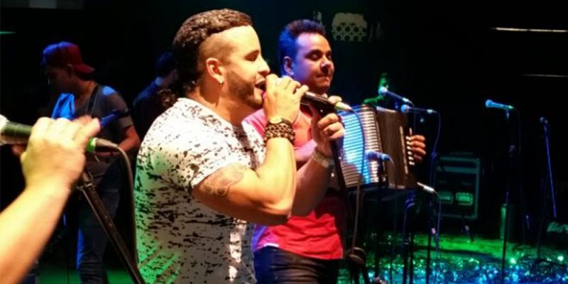 Nelson Velásquez y Emerson Plata En Las Mejores Fiestas Colombianas