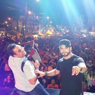 Nelson Velasquez y Emerson Plata presentes en los Carnavales...