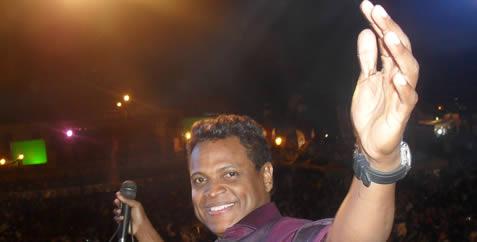 Omar Geles celebra en Valledupar...