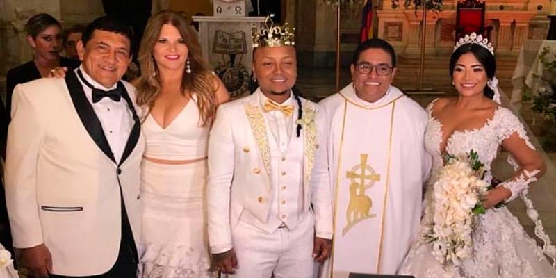 5b521fc9a Poncho Zuleta el padrino de bodas de Mr. Black