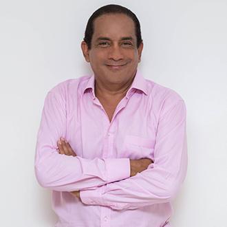 Rafa Manjarrez en el concierto Reyes y Compositores vallenatos...